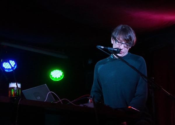 Tomáš Vtípil concert in Klub77 photos with Leica Dlux-6 in decembre 2013.
